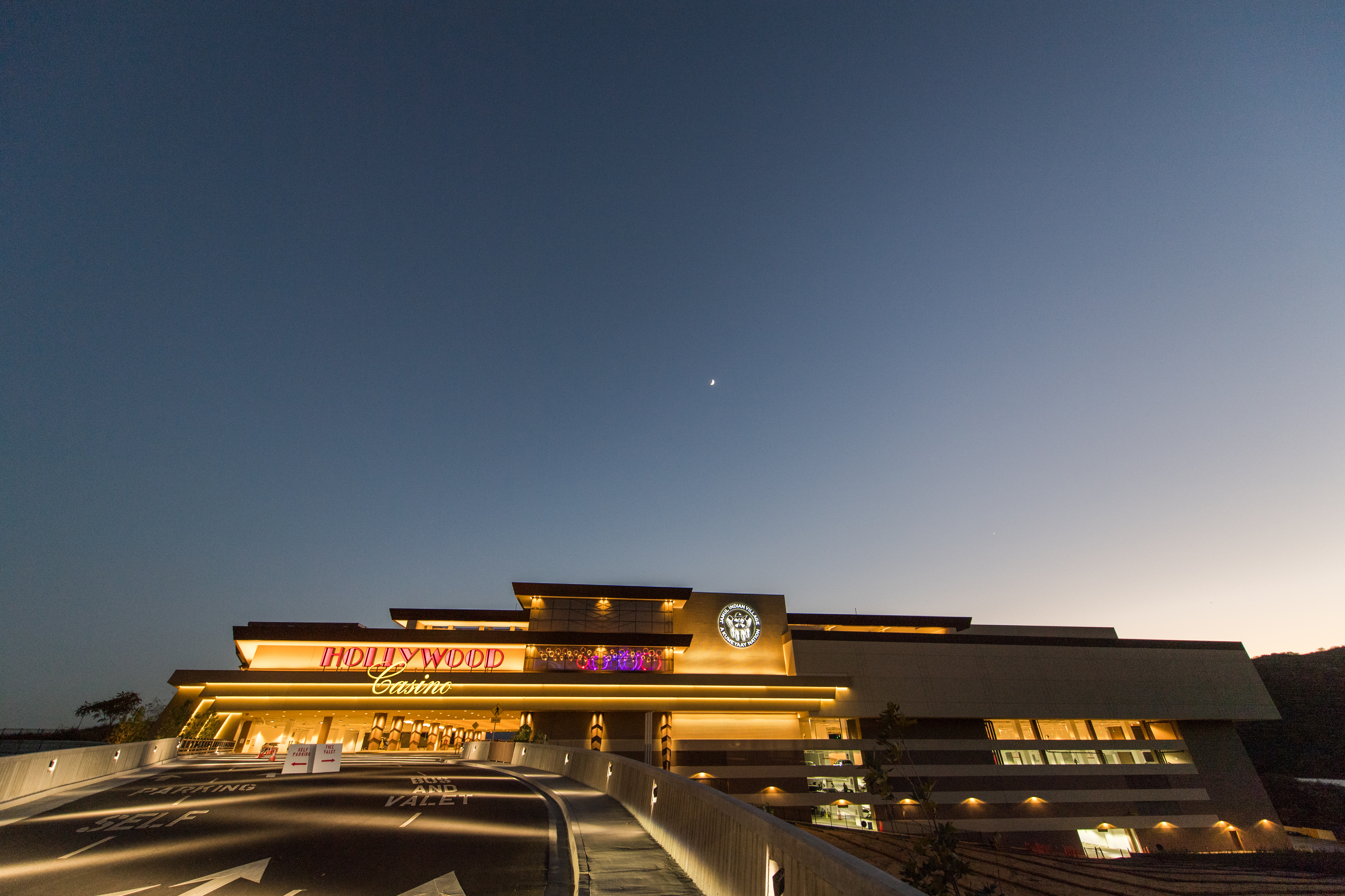 hollywood-casino-21